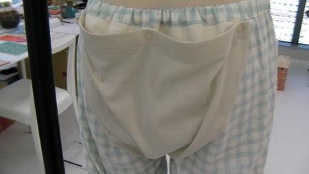 脱パンツパジャマのお尻部分